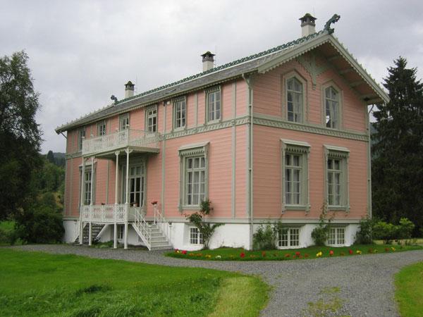 I-bhuset-01